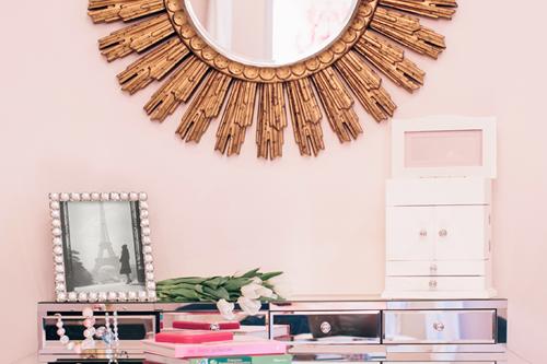 Pink Girlu0027s Bedroom