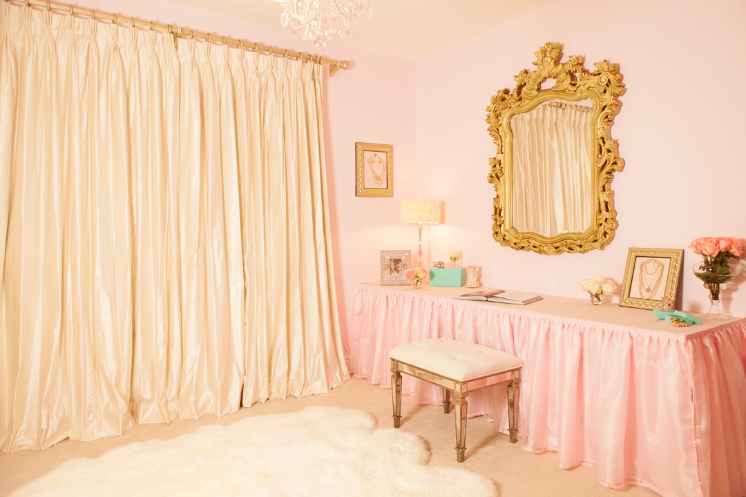 Elegant Pink And Gold Nursery Pink And Gold Nursery Design