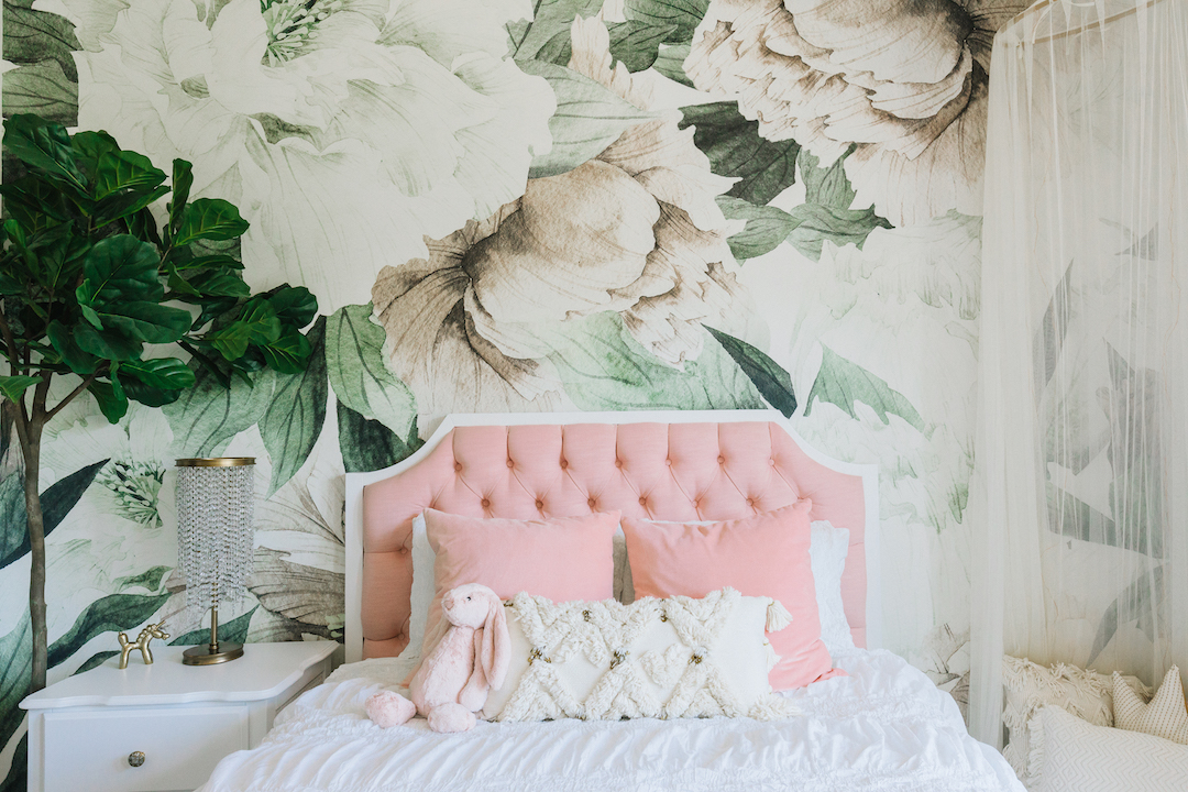How To Use Wall Murals In The Nursery Or Kid's Room